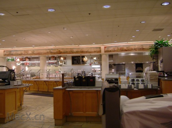 apple_hqcafeteria2-550x412.jpg